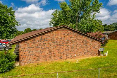 1320 N HENRY ST, Morristown, TN 37814 - Photo 2