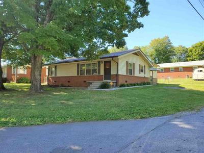 700 CLEVELAND AVE, Morristown, TN 37813 - Photo 1