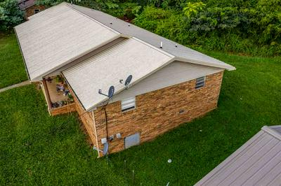 4272 OAKWOOD CIR, Morristown, TN 37814 - Photo 2