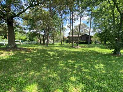 9912 WESTLAND DR, Knoxville, TN 37922 - Photo 2