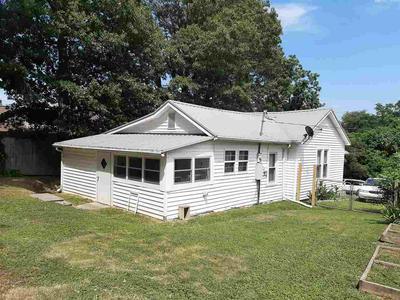 545 UPPER BROAD ST, Newport, TN 37821 - Photo 2