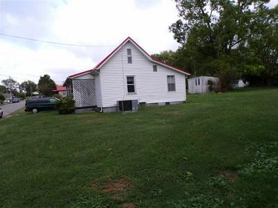 416 CAIN AVE, Morristown, TN 37813 - Photo 2