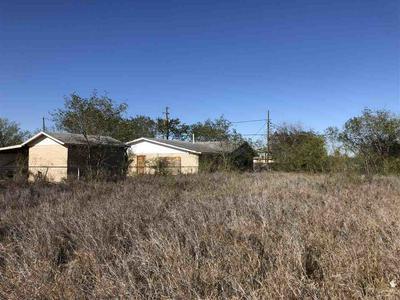 1808 JACKSON ST, ZAPATA, TX 78076 - Photo 1