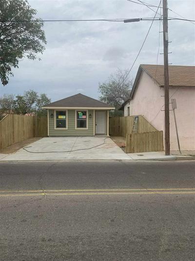 114 ITURBIDE ST, LAREDO, TX 78040 - Photo 2