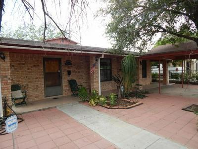 1903 ALAMO ST, Zapata, TX 78076 - Photo 2