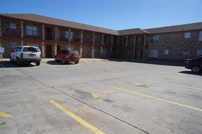 2801 CORTEZ ST, LAREDO, TX 78043 - Photo 2