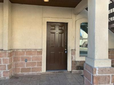 2618 E TRAVIS ST APT 9, Laredo, TX 78043 - Photo 2