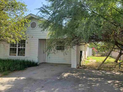 2915 GREEN ST, Laredo, TX 78043 - Photo 2