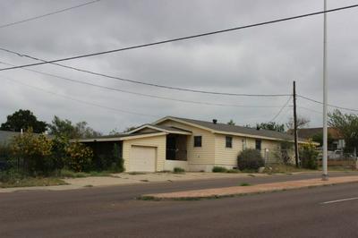 2301 MARCELLA AVE, LAREDO, TX 78040 - Photo 1