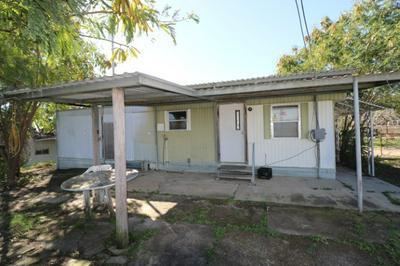 306 PENGUIN ST, Zapata, TX 78076 - Photo 1