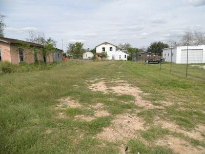 608 E AMADA ST, HEBBRONVILLE, TX 78361 - Photo 1