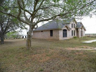 23 ROBERT LN, Hebbronville, TX 78361 - Photo 2