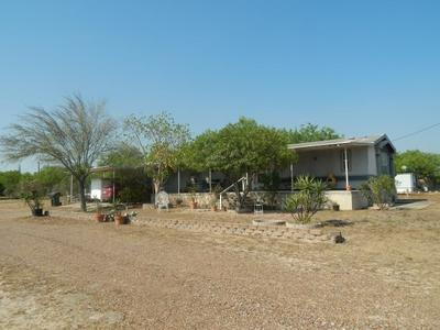 205 EAGLE ST, Zapata, TX 78076 - Photo 1