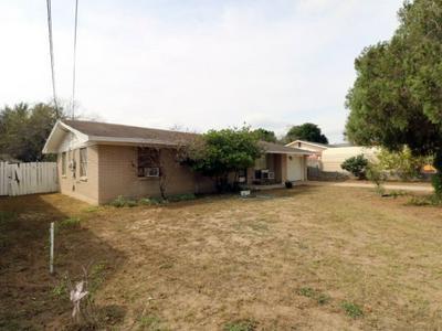 1603 1ST ST, Zapata, TX 78076 - Photo 2