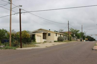 2301 MARCELLA AVE, LAREDO, TX 78040 - Photo 2
