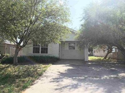 2915 GREEN ST, Laredo, TX 78043 - Photo 1