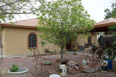 151 MADISON AVE, Zapata, TX 78076 - Photo 2