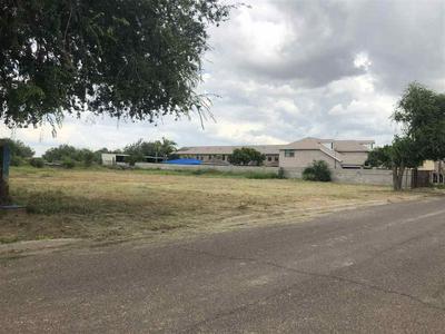 306 RIVER FRONT ST, Laredo, TX 78046 - Photo 1