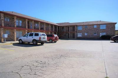 2801 CORTEZ ST, LAREDO, TX 78043 - Photo 1