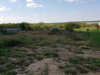 529 CERRITO DR, Zapata, TX 78076 - Photo 1