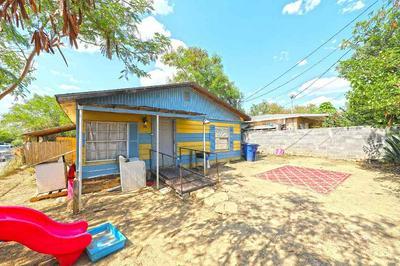 3102 BARRIOS ST, Laredo, TX 78043 - Photo 2