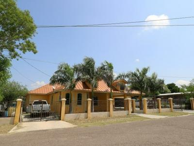 5210 RIO LN, Zapata, TX 78076 - Photo 2