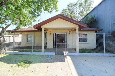 905 WILLOW ST, LAREDO, TX 78040 - Photo 1