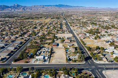 7570 N JONES BLVD, Las Vegas, NV 89131 - Photo 2