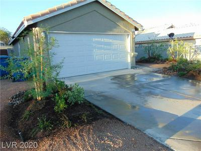 6431 ROSE TREE LN, Las Vegas, NV 89156 - Photo 1