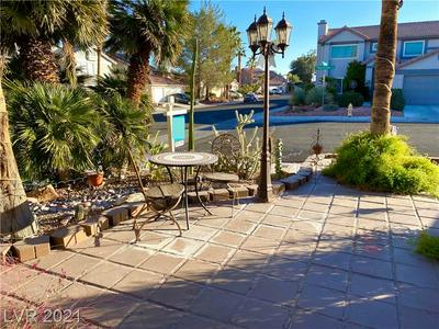 6576 MOONSHADOW CIR, Las Vegas, NV 89108 - Photo 2