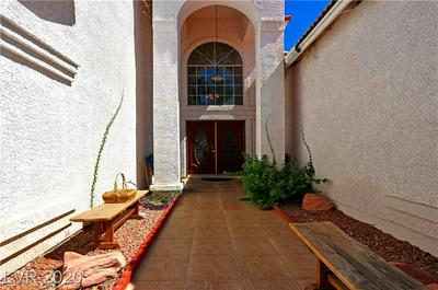 2560 AVIV CT, Las Vegas, NV 89121 - Photo 2