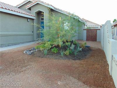 6431 ROSE TREE LN, Las Vegas, NV 89156 - Photo 2