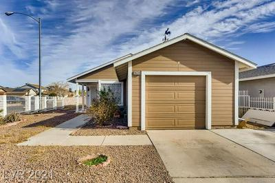 3630 ROCHESTER AVE, Las Vegas, NV 89115 - Photo 2