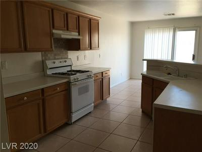720 RISING BROOK DR, Henderson, NV 89011 - Photo 2
