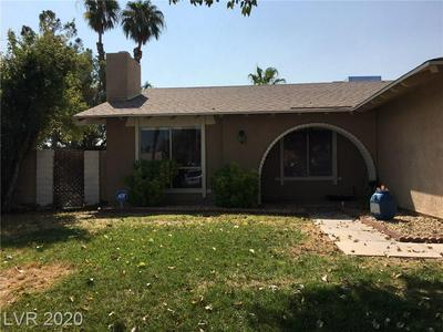 3980 FLORRIE CIR, Las Vegas, NV 89121 - Photo 2
