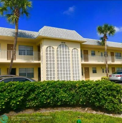 875 SW 4TH CT APT 11, Boca Raton, FL 33432 - Photo 1