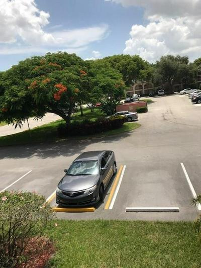 1108 BAHAMA BND APT D2, Coconut Creek, FL 33066 - Photo 2