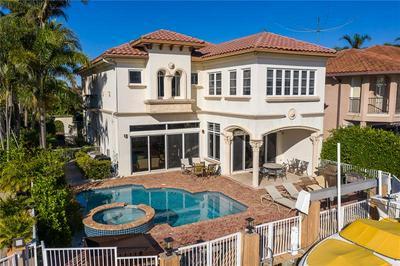 580 ADMIRALS WAY, Delray Beach, FL 33483 - Photo 2
