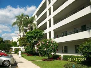 804 CYPRESS BLVD APT 102, Pompano Beach, FL 33069 - Photo 1