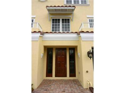1503 SE 2ND ST # 1503, Fort Lauderdale, FL 33301 - Photo 2