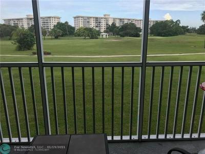2900 N PALM AIRE DR APT 206, Pompano Beach, FL 33069 - Photo 1