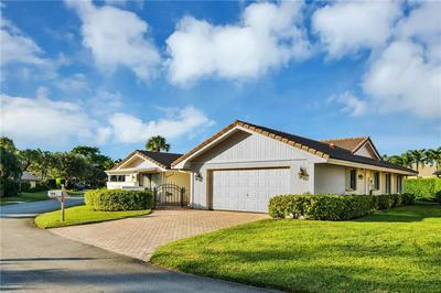 6811 VILLAS DR, Boca Raton, FL 33433 - Photo 1