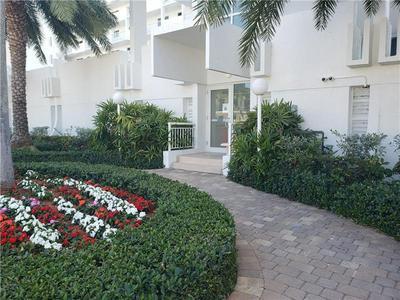 511 BAYSHORE DR APT 406, Fort Lauderdale, FL 33304 - Photo 2