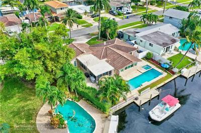 731 SE 4TH AVE, Pompano Beach, FL 33060 - Photo 2