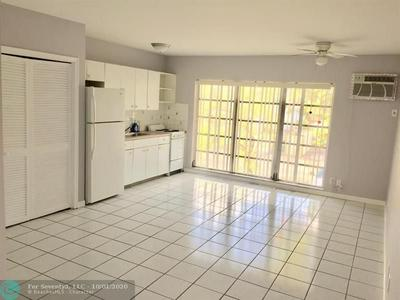 2795 SE 1ST CT APT 8, Pompano Beach, FL 33062 - Photo 2