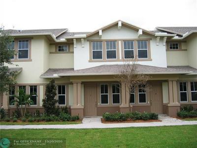 950 MARINA DEL RAY LN UNIT 3, West Palm Beach, FL 33401 - Photo 1