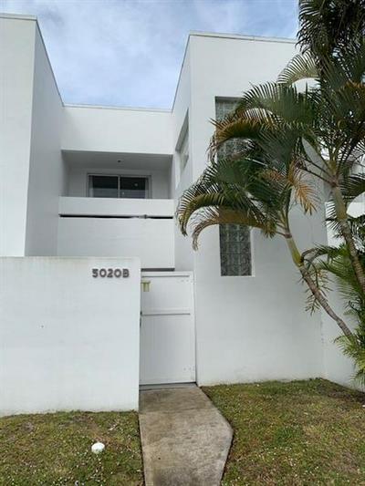 5020 ELMHURST RD APT B, West Palm Beach, FL 33417 - Photo 1