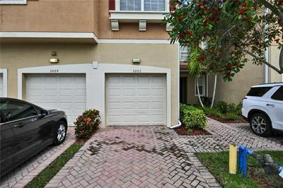 5862 HAMPTON HILLS BLVD # 5862, Tamarac, FL 33321 - Photo 2