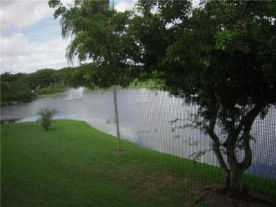 2905 VICTORIA PL APT L3, Coconut Creek, FL 33066 - Photo 1