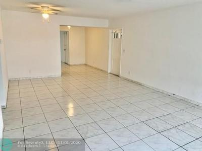 1049 NW 30TH CT APT 3, Wilton Manors, FL 33311 - Photo 2